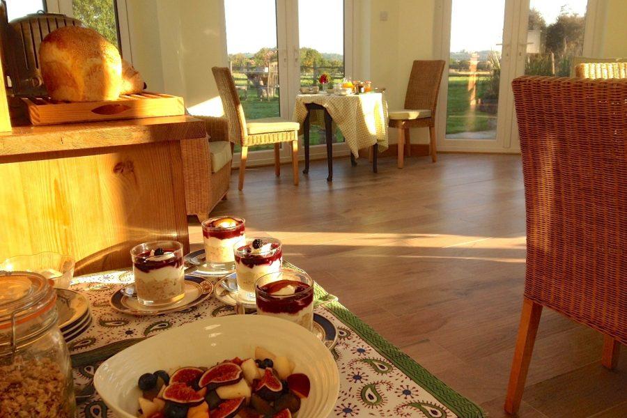 Bewl-Rookery-autumn-breakfast